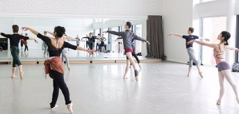 Cancelled: Daily Morning Class: Jamie Carter (Ballet)