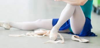 Daily Morning Class: Noi McQuaid (Ballet)