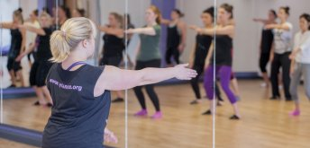 Daily Morning Class: Yvonne Young (International Guest) - Contemporary